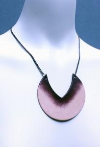 Yoni_necklace2